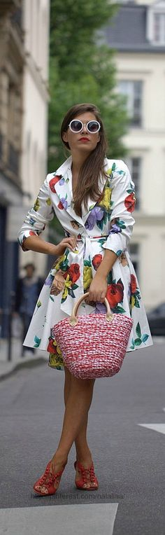 Very Light and Fresh Look. 34 Surprisingly Cute Casual Style Outfits To Not Miss Today – Casual Fall Fashion Style. Very Light and Fresh Look. Street Style Chic, Style Désinvolte Chic, Looks Street Style, Looks Style, Mode Style, Floral Fashion, Look Fashion, High Fashion, Womens Fashion