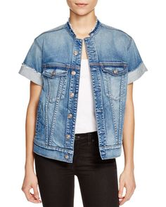 Very simple and cool way to wear a short sleeve jean jacket