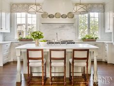 This English Regency Buckhead home has great bones- moldings, palladium windows and a grand rounded staircase. Although it was blesse. Luxury Kitchens, Cool Kitchens, White Kitchens, Dream Kitchens, Enchanted Home, Atlanta Homes, Country Style Homes, Beautiful Kitchens, Beautiful Homes
