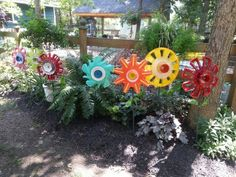 Hubcap Flower Garden on Pinterest | Hub Caps, Flowers and Old Tire ...