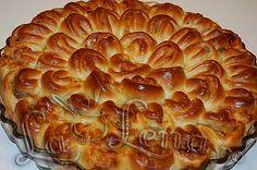"Placinta ""Crizantema"" Romanian Food, Pastry And Bakery, Apple Pie, Ice Cream, Cake, Desserts, Recipes, No Churn Ice Cream, Tailgate Desserts"