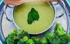 Broccoli and Basil Soup – Happy Healthy You Fresh Garlic, Fresh Ginger, Basil Soup Recipe, Foods To Balance Hormones, Detox Recipes, Fun Recipes, Recipe Ideas, Lemon Basil, Veggie Delight