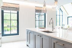 Kitchen Island Design Ideas - Painted Dust Grey 1909 Kitchen units. Shaker Kitchen, Kitchen Units, Kitchen Island, Traditional British Kitchens, Kitchen Showroom, Real Kitchen, Shaker Doors, Island Design, Small Rooms