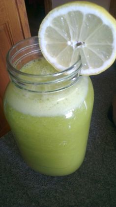 Love to refuel and hydrate my cells with my fave green smoothie juice with apple, orange, lemon, spinach and avocado