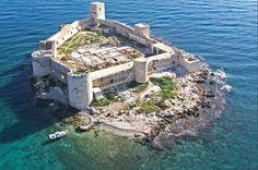 The Maiden Castle of the ancient city of Korykos (Kızkalesi)