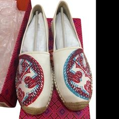 Tory Burch 3D Espadrille Flat in Ivory brand new in box Tory Burch 3D Espadrille Flat in Ivory.  Layered logo prints create a 3-D effect on these casual canvas Tory Burch espadrilles. Whipstitch detailing and braided jute trim. Rubber and jute sole. MUST HAVE! Tory Burch Shoes Espadrilles