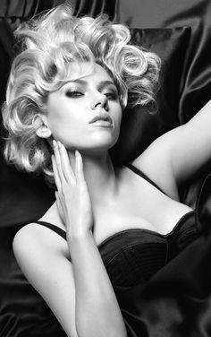 Scarlett Johansson : Solve Sundsbo