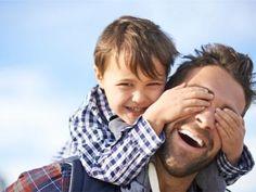 Día del padre: ¿qué regalar? http://www.serpadres.es/familia/tiempo-libre/fotos/detalles-especiales-para-regalar-el-dia-del-padre/de-tal-palo-tal-astilla