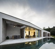 Image 24 of 37 from gallery of House in Gateira / Camarim Arquitectos. Photograph by Nelson Garrido