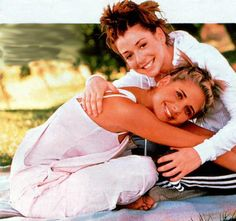 Alyson Hannigan and Sarah Michelle Gellar from BtVS