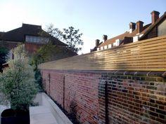 Garden Privacy Screen, Garden Fence Panels, Garden Trellis, Garden Railings, Garden Fencing, Slatted Fence Panels, Trellis Panels, Fence Design, Patio Design