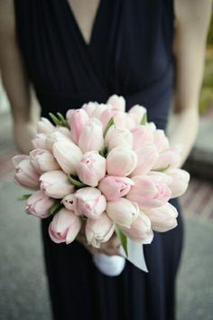 wedding tulips, pretty witht the navy dress