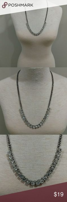 J. CREW NECKLACE THAT HAS BLING TO IT EXCELLENT CONDITION NO ISSUES... THERE IS MORE SPARKLE/BLING TO THIS NECKLACE IN PERSON THAN WHAT IS SHOWING IN PICS J. Crew Jewelry Necklaces