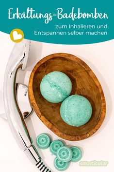 DIY cold bath bombs for cough, runny nose, body aches Essential oils are particularly beneficial for colds. With these homemade bath balls you can inhale aches Bath Body bombs cold cough DIY diyinterieur diypaper diypillows diysoap nose runny Dream Recipe, Runny Nose, Menu Restaurant, Diy Pillows, Diy Paper, Bath Bombs, Diy Beauty, Body Care, Bath And Body