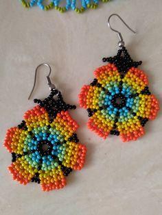 Seed Bead Jewelry, Seed Bead Earrings, Beaded Jewelry, Handmade Jewelry, Beaded Bracelets, Beaded Flowers Patterns, Beaded Earrings Patterns, Crochet Earrings, Mexican Designs
