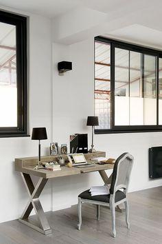 Мебель магазина Du Bout Du Monde в интерьере кабинета