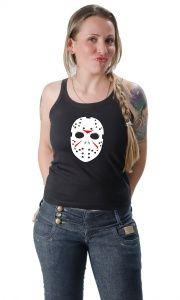 Filme de terror : Na série de filmes Sexta-Feira 13, o personagem Jason mata todo mundo com uma máscara esquisita. A Camisetas da Hora tem a Camiseta Jason Máscara , que mostra a todos como você pode ser mau, ou má, com as outras pessoas.    Mas acalme-se: uma camiseta é apenas uma camiseta, e não precisa incitar a violência. Lembre-se de que tudo é uma brincadeira, e imagine a máscara apenas como uma forma de evitar espirros de