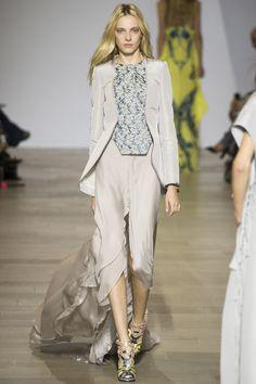 Antonio Berardi Spring 2016 Ready-to-Wear Fashion Show - Zlata Semenko