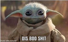 The first life-size Baby Yoda has arrived from Sideshow Collectibles, allowing fans to pre-order their very own figure from The Mandalorian. Yoda Funny, Yoda Meme, Happy New Year Baby, Yoda Images, Work Memes, Sideshow Collectibles, Disney Memes, Star Wars Art, Star Trek