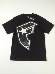 Famous Boys T-Shirt Size S