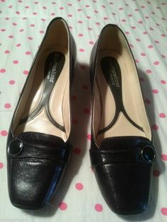 db5d31e5e06 Naturalizer Womens Pumps Heels Shoes size 7 1 2 w black leather upper n5  comfort