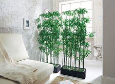 Außergewöhnliche Kunstpflanze, ideal als Raumtrenner zu nutzen.