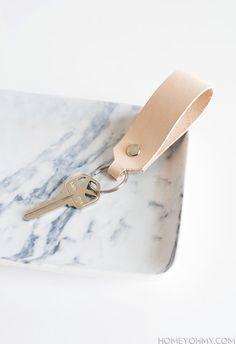 Natural leather loop keychain DIY