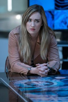 Before a new Season 3 episode of Blindspot airs Friday on NBC, Villain Media has an exclusive interview with star Ashley Johnson and creator Martin Gero. Ashley Johnson Blindspot, Blindspot Tv, Two Broke Girl, Into The Badlands, Jaimie Alexander, Ukraine Girls, Hollywood, Season 3, Wonder Woman