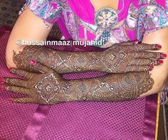Arms and hands Dulhan mehndi design