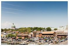 Take a look at Annapolis Maryland wedding venues for a waterfront, country chic, traditional or a wedding with a modern flair.