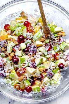 Easy Salads, Summer Salads, Creamy Fruit Salads, Best Waldorf Salad Recipe, Apple Waldorf Salad, Picnic Salad Recipes, Christmas Salad Recipes, Holiday Meals, Cooking Recipes