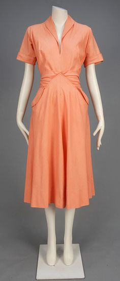 LOT 751 CLAIRE McCARDELL BIAS CUT COTTON DAY DRESS, 1950s - whitakerauction