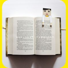 #Marcapaginas que se asoman a tus libros. Personalizados para #profesiones de www.justinyou.com: #medico. Customizable and personalized #bookmarks: #doctor or #gp.