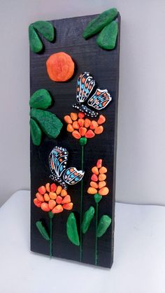 Butterflies and Flowers Handpainted Stones Pebble por StefArtStone