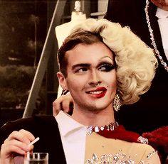 Yaaasssss, bitch! Sexy man AND woman. ;) | Pearl from RuPaul's Drag Race Season 7