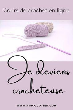 Débutante au crochet ? Apprenez avec cette formation en ligne ! Apprenez tout ce qu'il faut savoir pour crocheter comme une pro avec des astuces et des techniques : matériels (crochet et laines), mailles (serrée, brides, demi-brides, etc), des patrons de décoration, des tutos de châles, d'écharpes.Débuter le crochet avec ce cours en ligne facile sur tricocotier.com . #diy #tutocrochet #patroncrochet Craft Patterns, Crochet Patterns, Ravelry, Art Du Fil, Crochet Gifts, Crochet For Kids, Crochet Flowers, Baby Kids, Coin