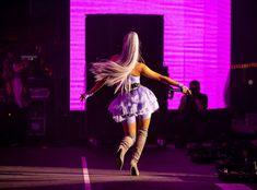 Ariana Grande performing at Coachella Ariana Grande Fotos, Ariana Grande Pictures, Ariana Grande Justin Bieber, Ariana Grande Wallpaper, Dangerous Woman, Female Singers, Coachella, My Idol, Like4like