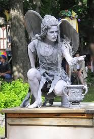 gargoyle costume - Google Search- this is the closest I've found to what I see Scary Doll Costume, Tree Costume, Scary Dolls, Cool Costumes, Halloween Costumes, Costume Ideas, Halloween Trees, Halloween 2016, Holidays Halloween