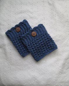 New style (pattern) in crochet boot cuffs. (c) ByHookorByPen