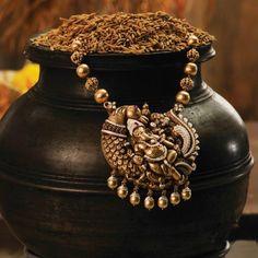 Diamond Ganesha Pendant with Nagas Chain (137A11643) | Vummidi Bangaru Jewellers