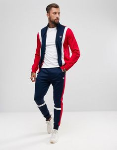 Track Pants Mens, Track Suit Men, Mens Fashion Wear, Sport Fashion, Fashion Outfits, Mens Clothing Guide, Stylish Men, Men Casual, Mens Sweat Suits