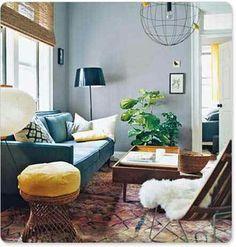 Blue/yellow/natural livingroom