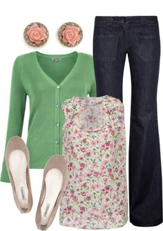 Love wearing green and florals with flats, I usually go for more straight slim jeans, these are a little wide for me