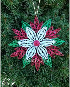 Trupti's Craft: Paper Quilling Christmas Ornament / Snowflake/ Car...