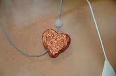 Paper Hearts in Colour ! Paper Hearts, Handmade Necklaces, Belly Button Rings, Hands, Colour, Jewelry, Color, Jewlery, Jewerly