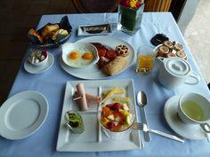"""Plima colazione, Ristorante  di """"Chateau Eza""""(Hotel), Eze, France (Marzo)"""