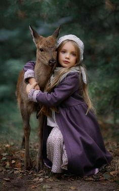 When you know you belong in a Fairy Tale. – Animal Wallpaper And iphone Precious Children, Beautiful Children, Beautiful Babies, Beautiful Clothes, Animals For Kids, Baby Animals, Cute Animals, Children Photography, Animal Photography