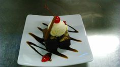 BROWNIES with Vanila ice cream