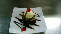 BROWNIES with Vanila ice cream