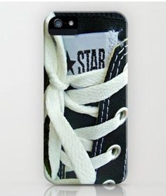 Converse phone case. Alright I NEED this!!!!